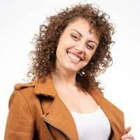"<a href=""https://www.facebook.com/silvia.saronni""rel=""nofollow""target=""_blank"">Silvia Saronni</a>"