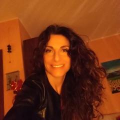 """<a href=""""https://www.facebook.com/debora.toscano.9""""rel=""""nofollow""""target=""""_blank""""> Debora Toscano</a>"""